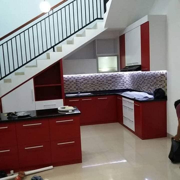 dapur minimalis dibawah tangga